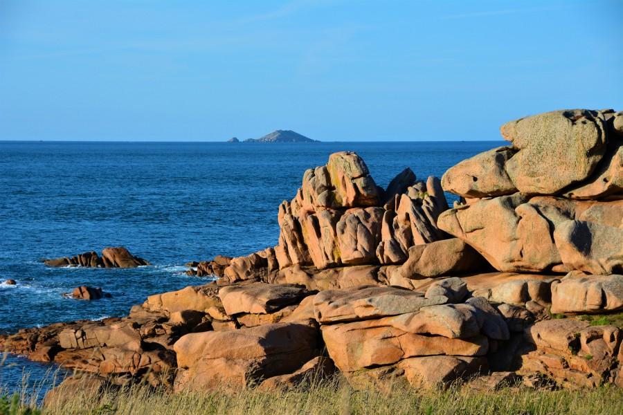Granit rose sur la côte bretonne