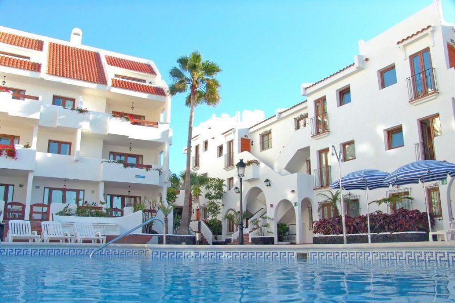 Voyage à Tenerife offert Travail, activité de social marketer à domicile pour la société P2S Travel. Pour voyager moins cher.